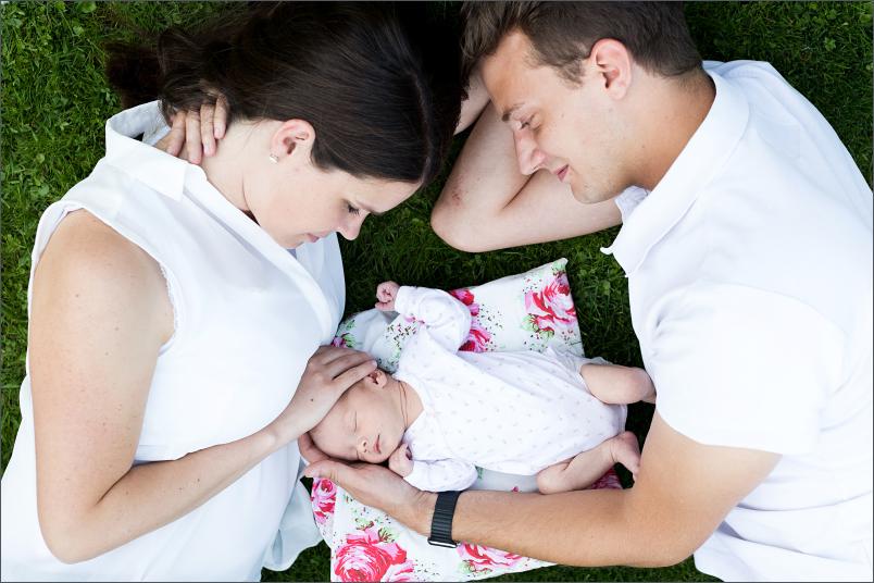 Neugeboren Fotoshooting Familienfotos